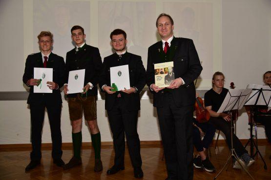 15 Wartingerfeier 2020 Preisträger Bischöfliches Gymnasium Augustinum 555x370 - Verleihung Wartinger- und Tremelmedaille 2020