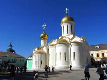 16 Sergijew Possad Dreifaltigkeitskirche R0019041 375x281 - Moskau 2014