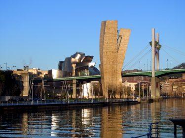 2016 Jakobsweg 01 Bilbao Guggenheim Museum 375x281 - Jakobsweg 2016