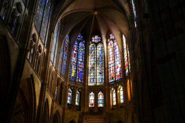 2016 Jakobsweg 31 León Kathedrale Hauptapsis 375x250 - Jakobsweg 2016