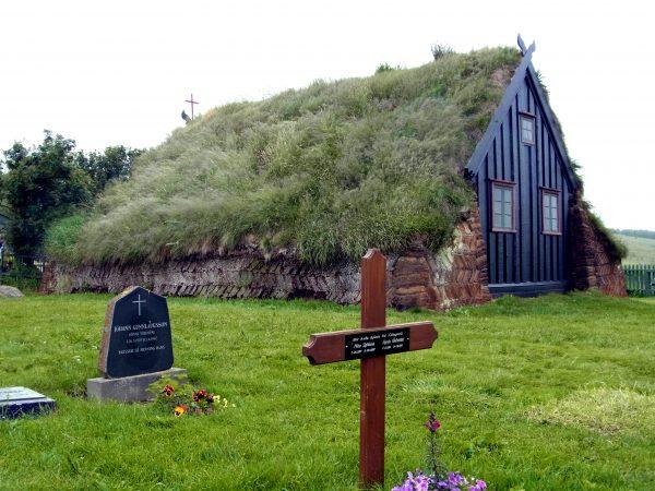 27 Torfkirche Víðimýri R0011028 600x450 - Norddeutschland 2019