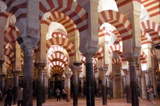 28 Cordoba Mezquita R0016612 555x370 - Andalusien 2014