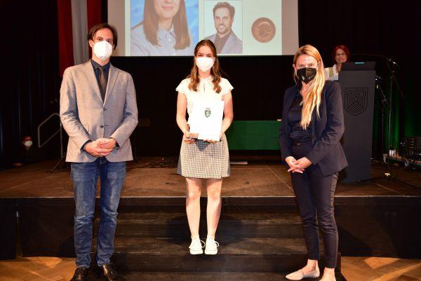 30 Wartingerfeier 2021 Lisa Schaffler BG BRG Weiz 600x401 - Verleihung Wartinger- und Tremelmedaille 2021