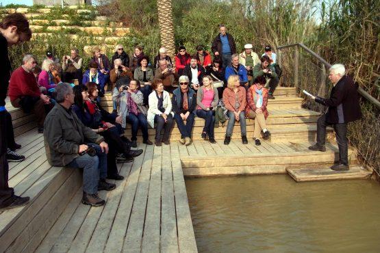 33 Qazr al Yahud Taufstelle am Jordan R0021659 555x370 - Israel 2015