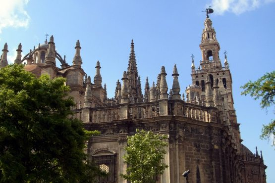 42 Sevilla Kathedrale R0017226 555x370 - Andalusien 2014
