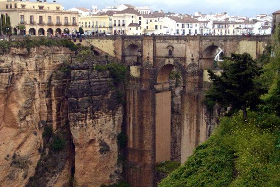52 Ronda Neue Brücke R0017556 555x370 - Andalusien 2014