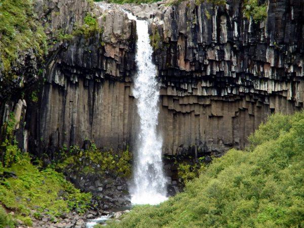 53 Wasserfall Svartifoss R0012072 600x450 - Norddeutschland 2019
