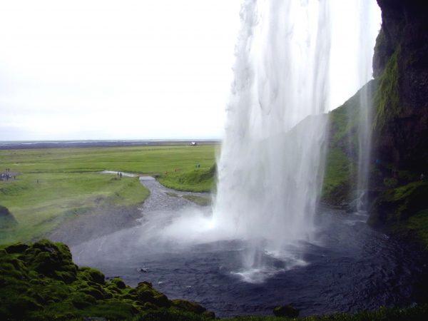 60 Wasserfall Seljalandsfoss R0012285 600x450 - Norddeutschland 2019