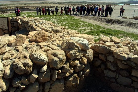 70 Qumran R0022329 555x370 - Israel 2015
