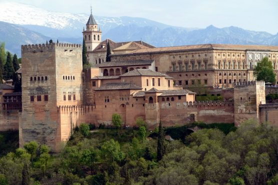 7 Granada Alhambra R0016232 555x370 - Andalusien 2014
