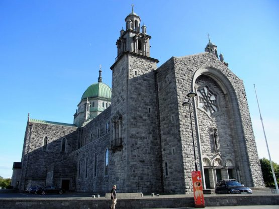 Fahrten 2018 Irland 32 Galway Kathedrale RFH R0042674 555x416 - Irland 2018