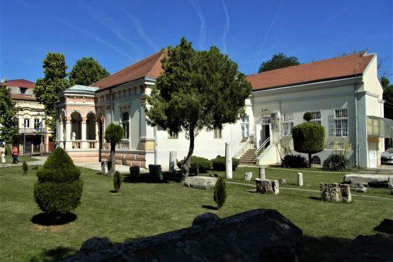 Fahrten 2018 Serbien 27 Passarowitz Museum RFH R0041522 555x370 - Habsburgisches Serbien 2018