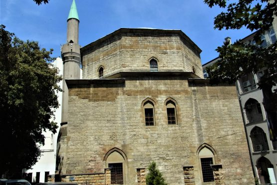 Fahrten 2018 Serbien 37 Belgrad Moschee RFH R0041683 555x370 - Habsburgisches Serbien 2018