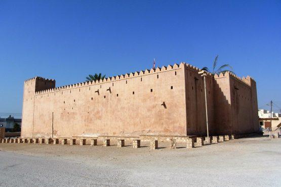 Fahrten 2019 Oman 53 Taqah Festung RFH R0045218 555x370 - Oman 2019
