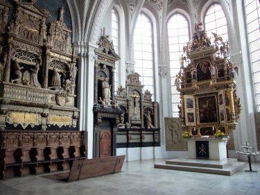 Fahrten 2019 WD 07 Celle evang reform Kirche RFH R0047535 375x281 - Norddeutschland 2019