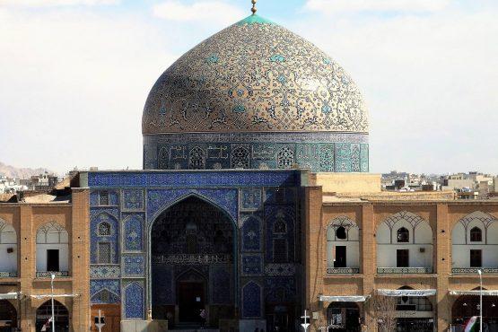 Fahrten Iran 2017 03 Isfahan Lotfollah Moschee 555x370 - Iran 2017