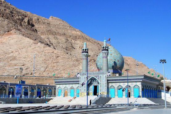 Fahrten Iran 2017 07 Shahreza Heiligtum 555x370 - Iran 2017