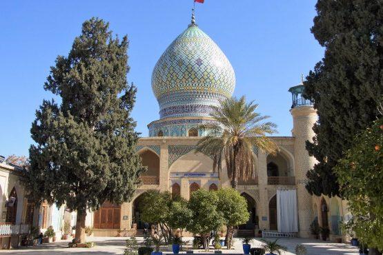 Fahrten Iran 2017 10 Shiraz Ali Ebn Hamzeh 555x370 - Iran 2017