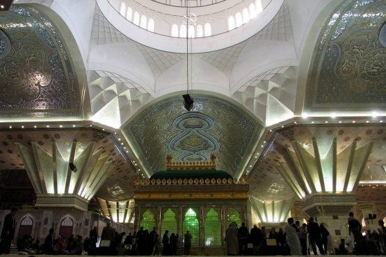 Fahrten Iran 2017 44 Teheran Khomenyi Mausoleum 555x370 - Iran 2017