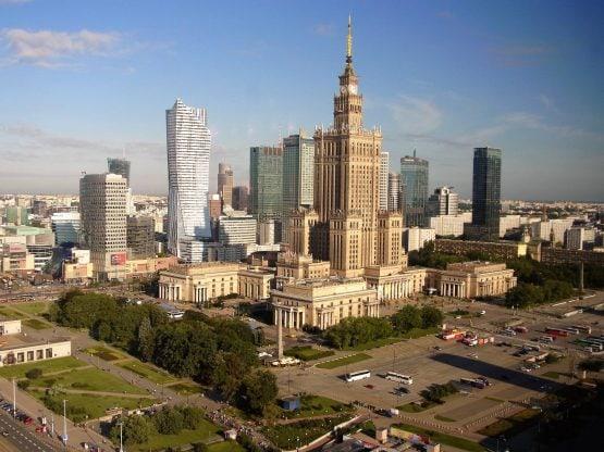 Fahrten Polen 2017 05 Warschau Kulturpalast 555x416 - Polen 2017