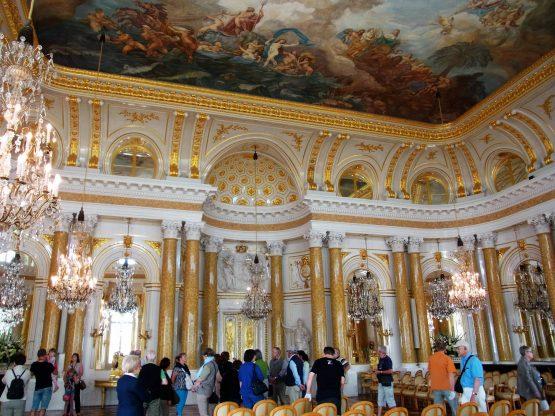 Fahrten Polen 2017 08 Warschau Schloss Ballsaal 555x416 - Polen 2017