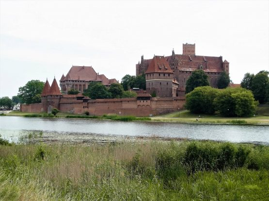 Fahrten Polen 2017 52 Marienburg 555x416 - Polen 2017