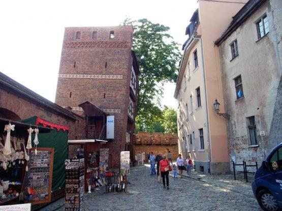 Fahrten Polen 2017 63 Thorn Schiefer Turm 555x416 - Polen 2017