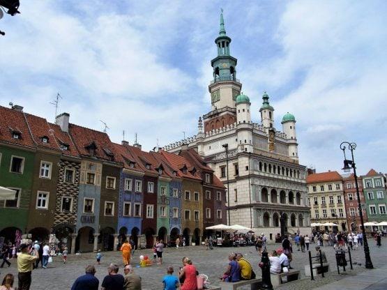 Fahrten Polen 2017 66 Posen Altmarkt Altes Rathaus 555x416 - Polen 2017