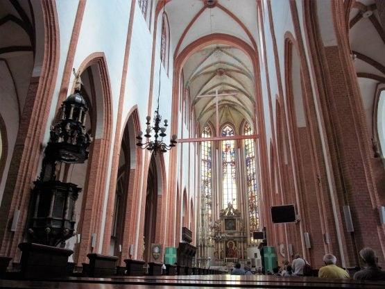 Fahrten Polen 2017 79 Breslau Elisabethkirche 555x416 - Polen 2017
