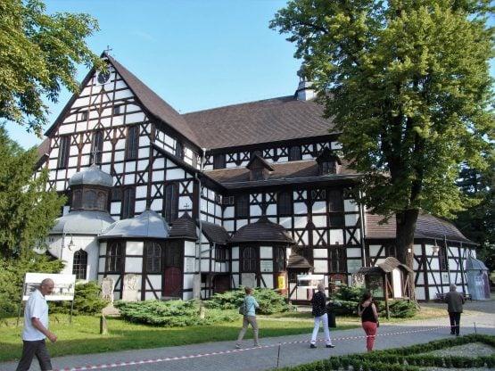 Fahrten Polen 2017 83 Schweidnitz Friedenskirche 555x416 - Polen 2017