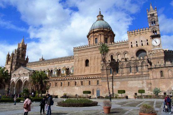 Fahrten Sizilien 2018 19 Palermo Dom RFH R0039345 555x370 - Sizilien 2018