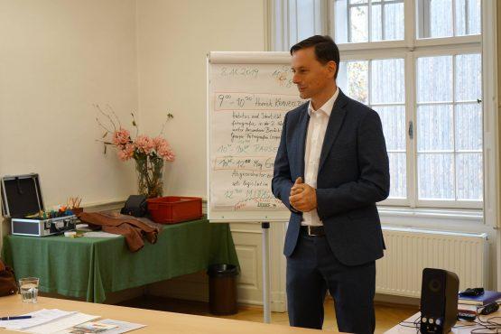 Retzhof 2019 21 555x370 - Lehrerfortbildung