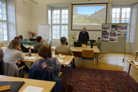 Retzhof 2019 3 555x370 - Lehrerfortbildung