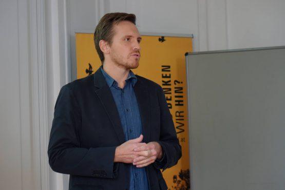 Retzhof 2019 8 555x370 - Lehrerfortbildung