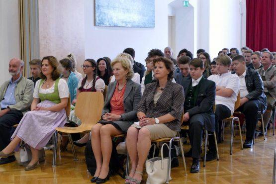 Wartinger Schulen 2018 06 555x370 - Verleihung Wartinger- und Tremelmedaille 2018