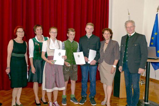 Wartinger Schulen 2018 10 555x370 - Verleihung Wartinger- und Tremelmedaille 2018