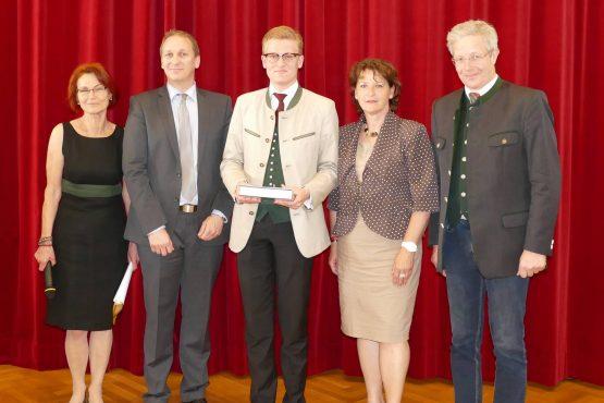 Wartinger Schulen 2018 27 555x370 - Verleihung Wartinger- und Tremelmedaille 2018